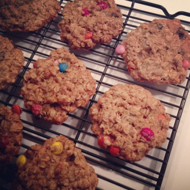 kitchen sink honey oatmeal cookies