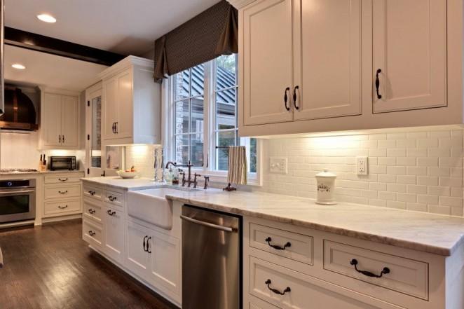 lindsays kitchen 2