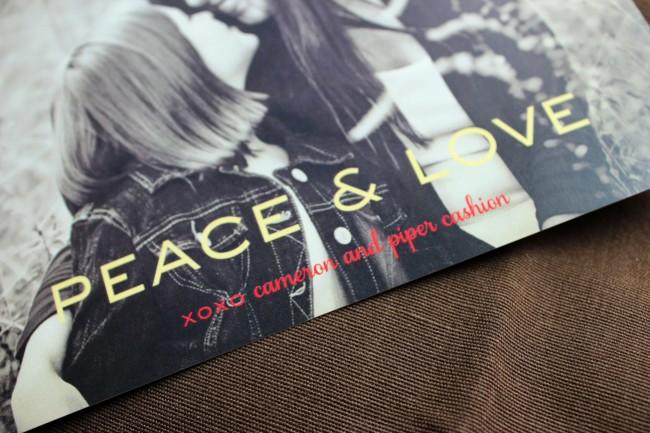 2_photo card peace and love 2