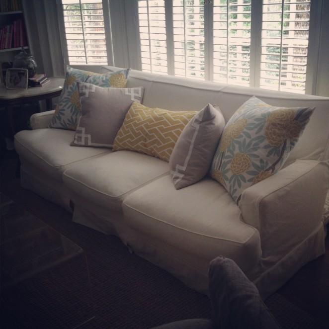 sofa w/caitlin wilson textile pillows