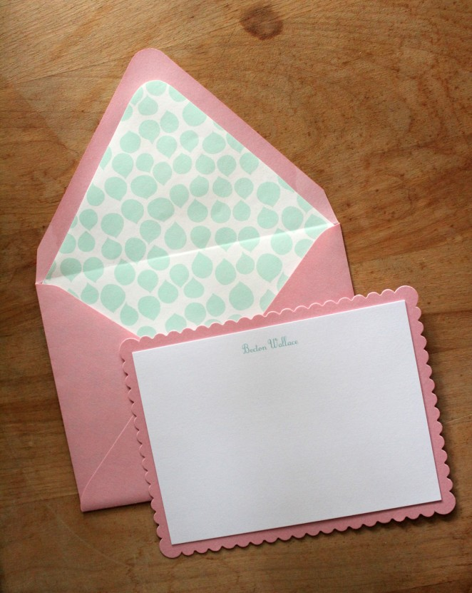 mint pink scallope